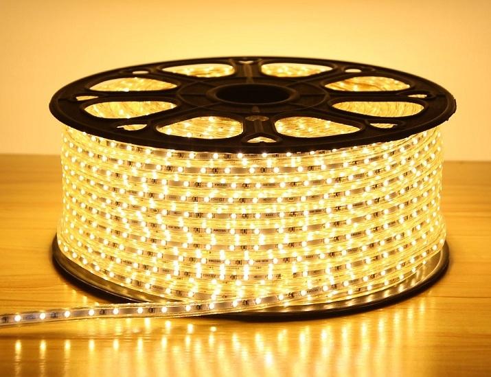 đèn led trang trí trần nhà