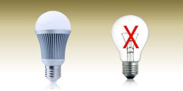 nên dùng đèn led hay đèn compact